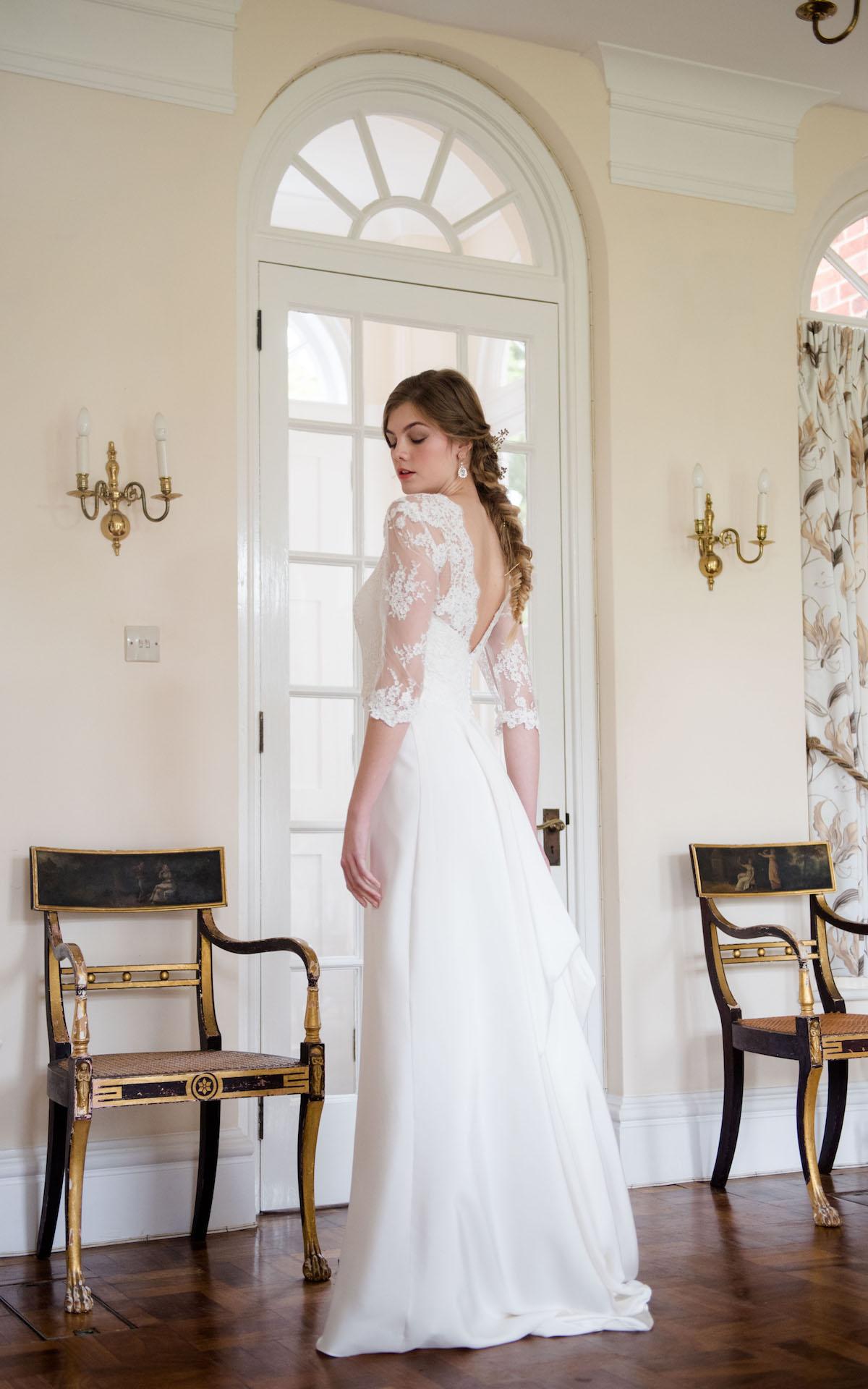 CLASSIC ELEGANT BRIDE NORFOLK