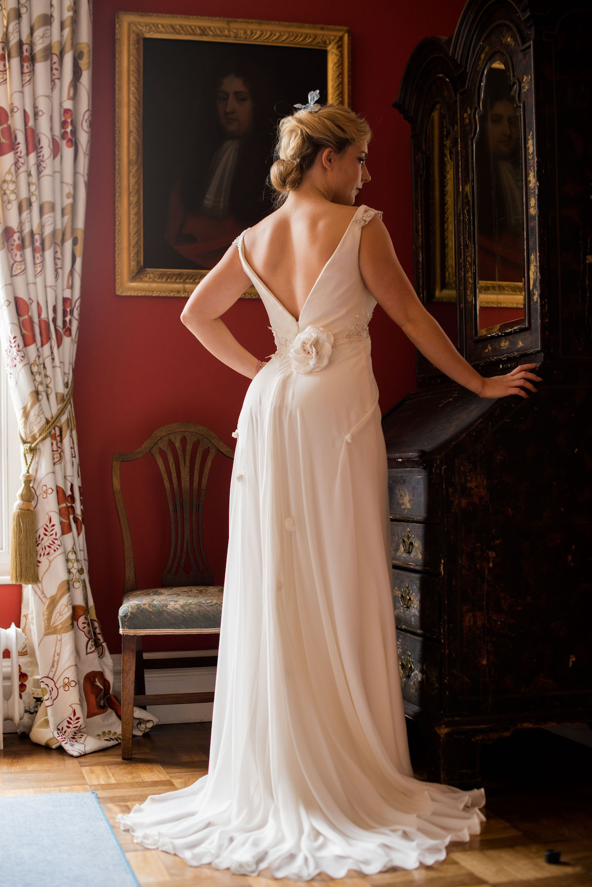 CLASSIC ELEGANT BRIDAL LOOK NORFOLK