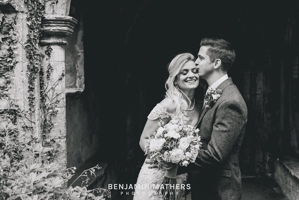 Intimate wedding in Heydon